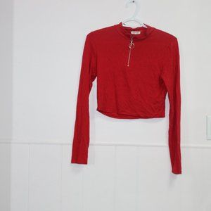 🎀 3/$30 Red Cropped Partial zip up top